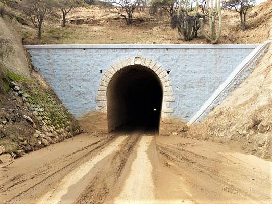 Diese engen dunklen Tunnels wurden 1910 gebaut
