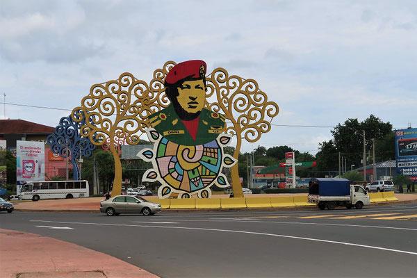 Kreisel Hugo Chavez - ehemaliger grosser Bruder und Geldgeber