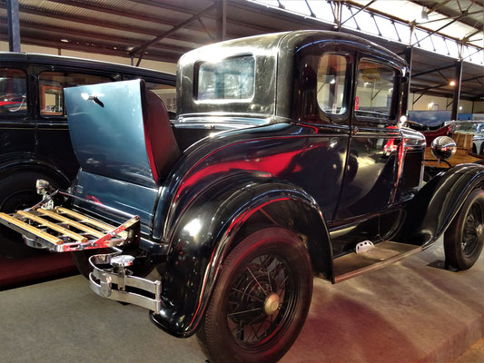 Ford A 1931 - mit 'Schwiegermutter-Sitz' ;o))