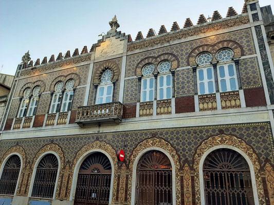 Altes Herrschaftshaus mit schöner Azulejos-Fassade