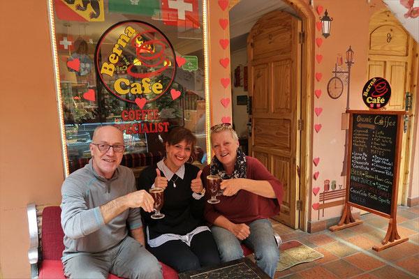 Café Berna - es gibt leckeren Kaffee fertig