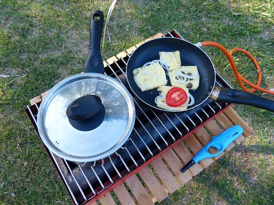 Bei 40 Grad am Schatten schmilzt selbst der argentinische Raclette-Käse fast von selbst :o))