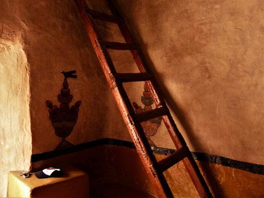 Sogar die Leiter zur Orgel ist aus Kaktusholz