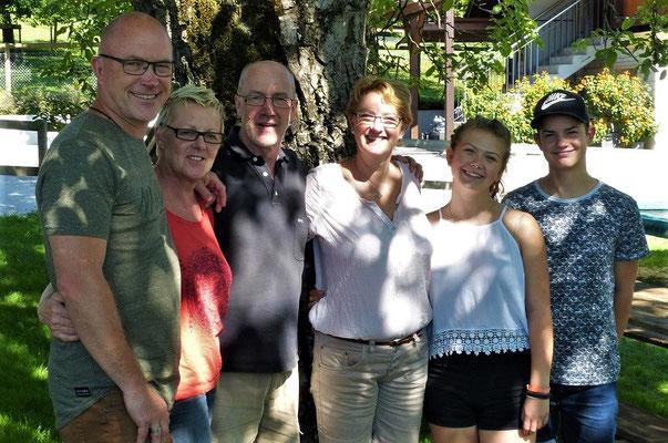 Die Singapuris - Rolf, Gabi, Anouk und Lenny