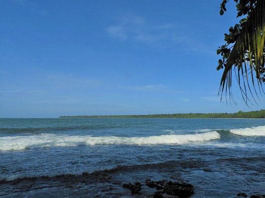 Blick zurück - von Cahuita zum Nationalpark