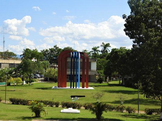Belize Monument im Regierungsviertel