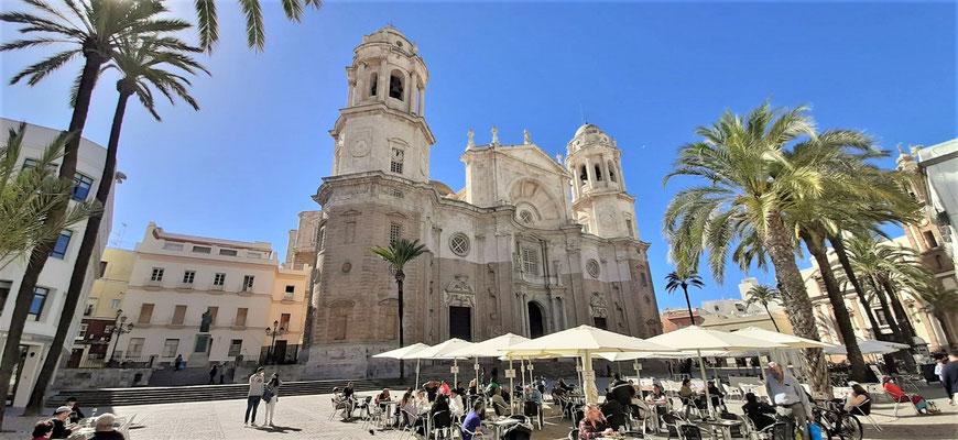 Kathedrale mit Plaza