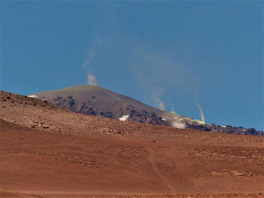 Vulkan Tocopuri 5800m