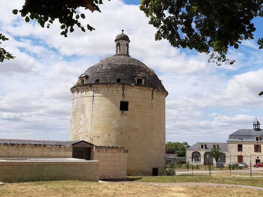 Eines der grössten Taubenhäuser Frankreichs, wo bis zu 7500 Tauben Unterschlupf fanden