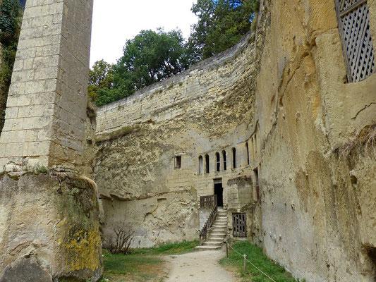 Eingang in die unterirdischen Räume