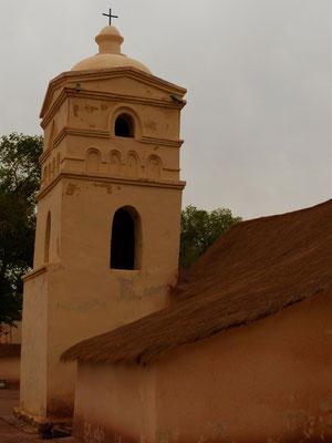 Kirche mit Stroh-Dach