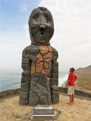 Die 4m hohe Skulptur