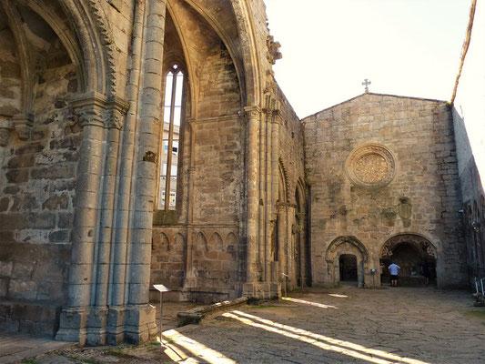 Überreste eines Klosters aus dem 14. Jahrhundert....