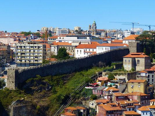 Letztes Stück Stadtmauer