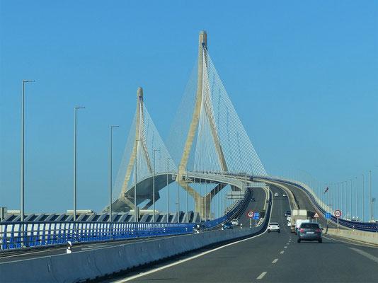 Verbindungsbrücke zur Landzunge