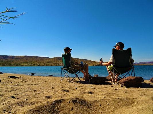 Camping am Rio Limay in Piedra del Aguila