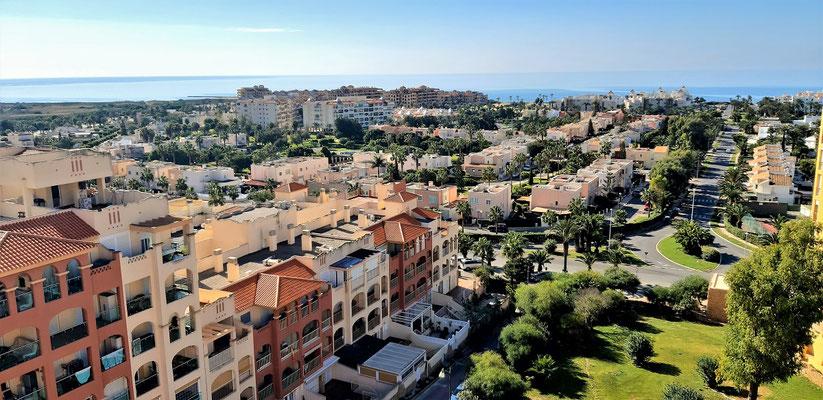 ....mal mit Sonne und Ausblick aufs Mittelmeer....