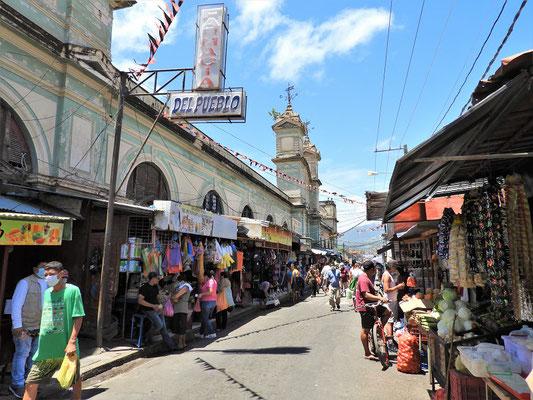 Besuch im Mercado Central....