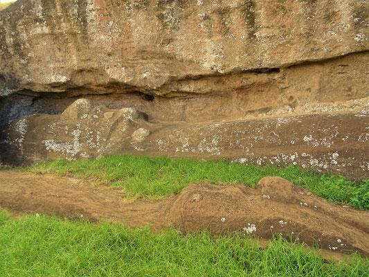 7 .... und diese  zwei Moai auf ihre Vollendung ;o))