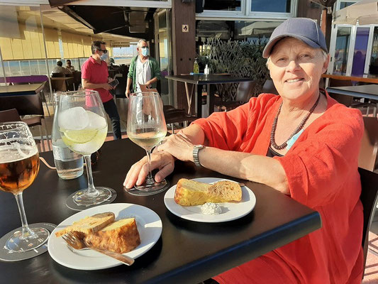 Apéro im Strandrestaurant La ZarZuela - unsere Stammbeiz ;o))