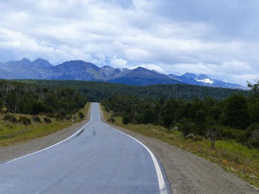Weiter geht's nach Süden - 120 km bis Ushuaia