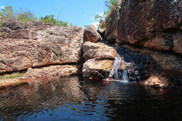 Ein kühles Bad im Zufluss
