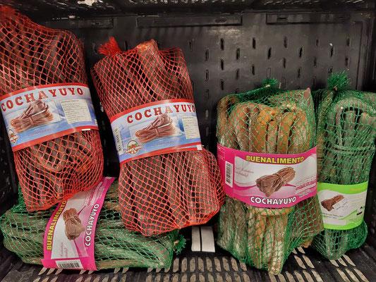 In Bündel abgepackt, kann die Cochayuyo-Alge im Supermarkt gekauft werden
