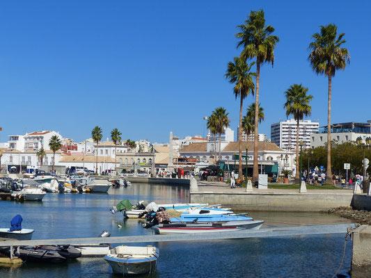 Hafen von Faro