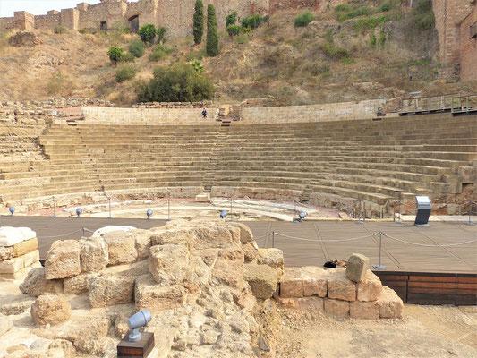 Zu Füssen der Alcazaba befindet sich ein römisches Theater