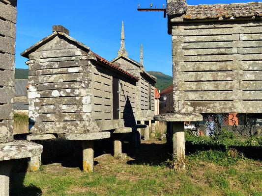 Hórreos in Galicien....