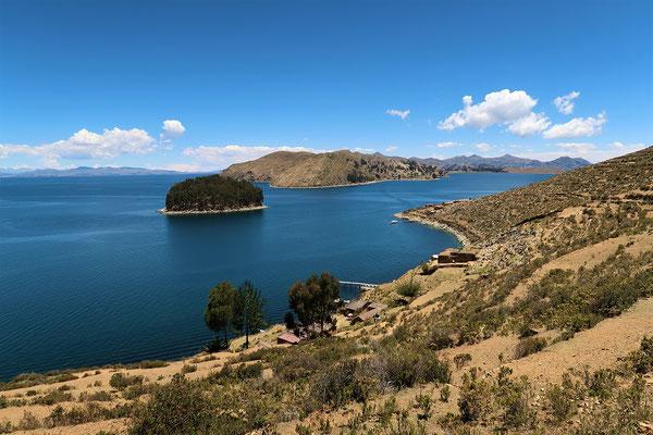 links Peru - Mitte Bolivien Festland - rechts Isla del Sol