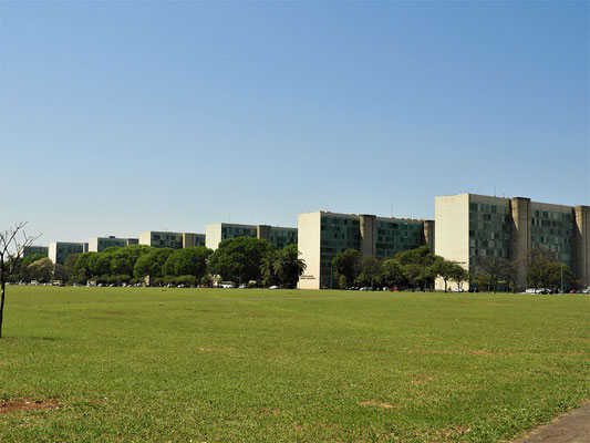 Jedes Ministerium hat sein eigenes Gebäude