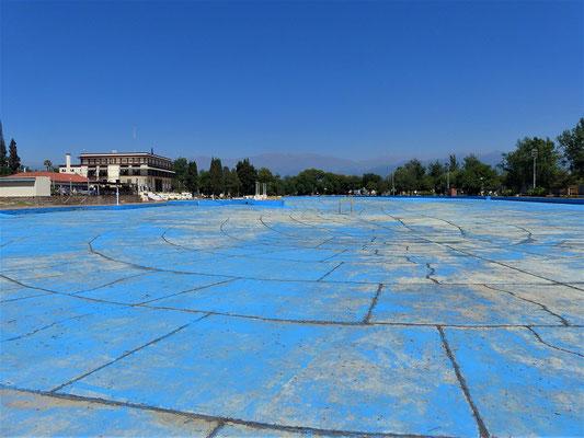 Der vermutlich grösste Pool der Welt - 300m x 150m