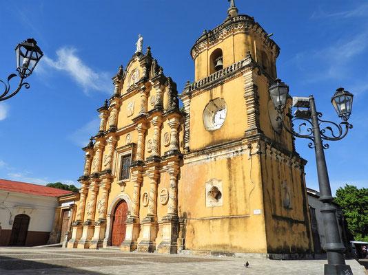 Iglesia de la Recolección - gilt als die schönste Kirche in León