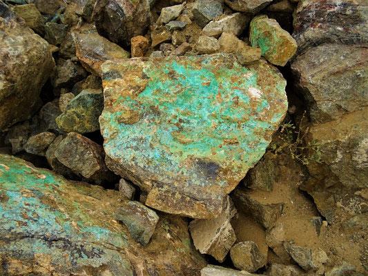 Kupferhaltiges Gestein