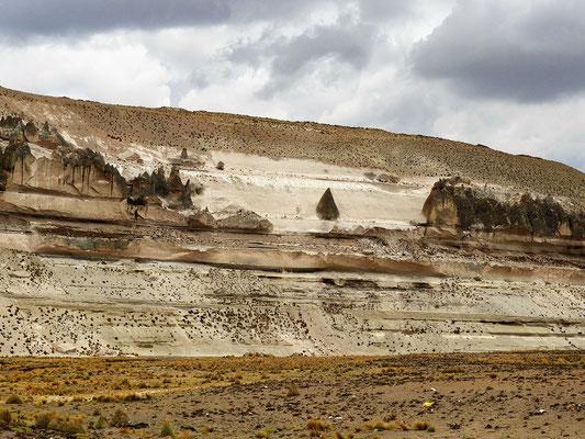 Unterwegs - eigentümliche Felsformationen