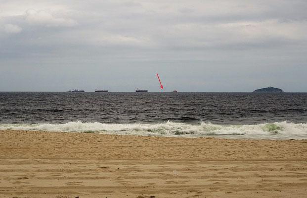 Blick von der Copacabana auf unseren 2 1/2 tägigen Warteraum
