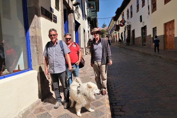 Walter und Peter mit Hund Chu