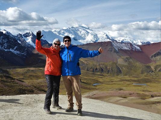 Hinter uns der höchste Berg in Südperu - Ausangate 6384m