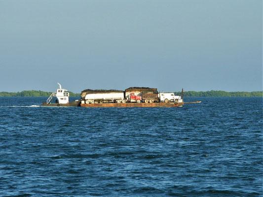 Da kommen alte Erinnerungen an unsere Amazonas-Flussfahrt auf :o)