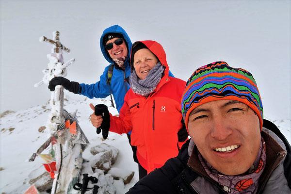 Geschafft - Gipfelfoto auf 6070 müM
