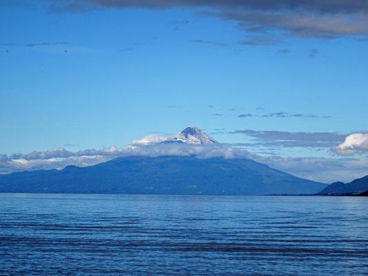 ....Lago Llanquihue und Vulkan Osorno