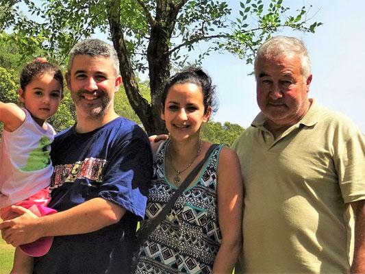 Amigos de Montevideo - Sofia, Pablo, María und José