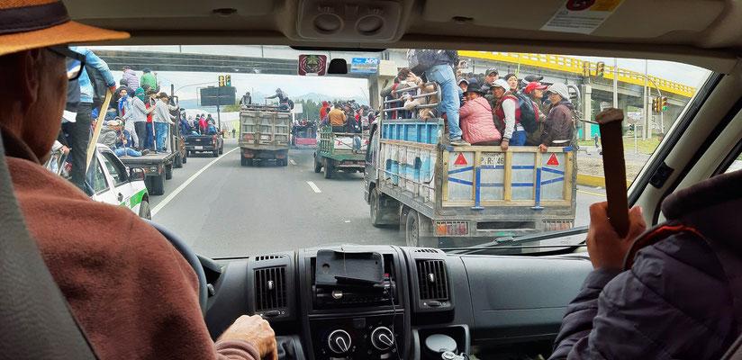 Los geht's - auf der Panamericana - Richtung Quito