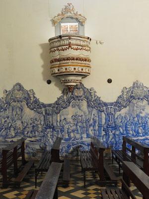 Kanzel und Azulejos - blaue Kacheln