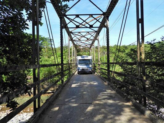 ....und enge Brücken