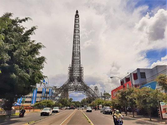 Klein-Paris in Guatemala ;o) El Torre del Reformador