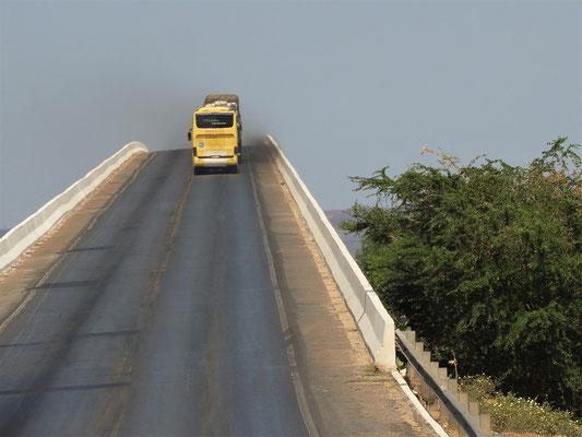 Brücke über den Rio São Francisco