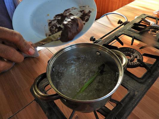 Kakao-Masse beigeben
