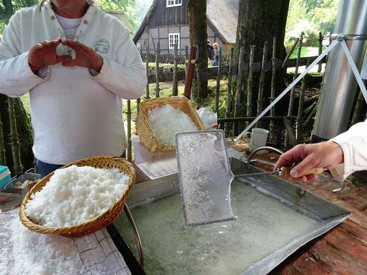 Salz sieden in Wilsede/Lüneburger Heide